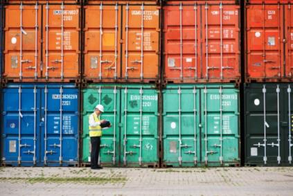 Desembaraço aduaneiro de importação e exportação